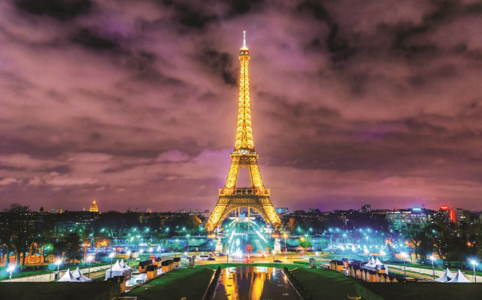 A wonderful view of the Eiffel tower that casts a different spell over you - Marshalls