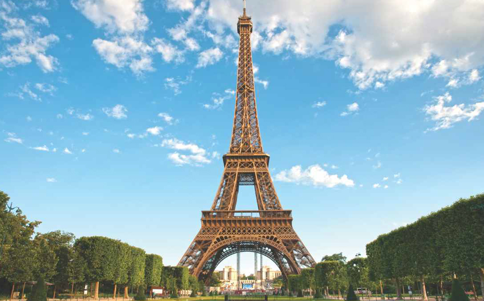 The Masterpiece of Paris, Eiffel Tower Wallaper for walls - Marshalls