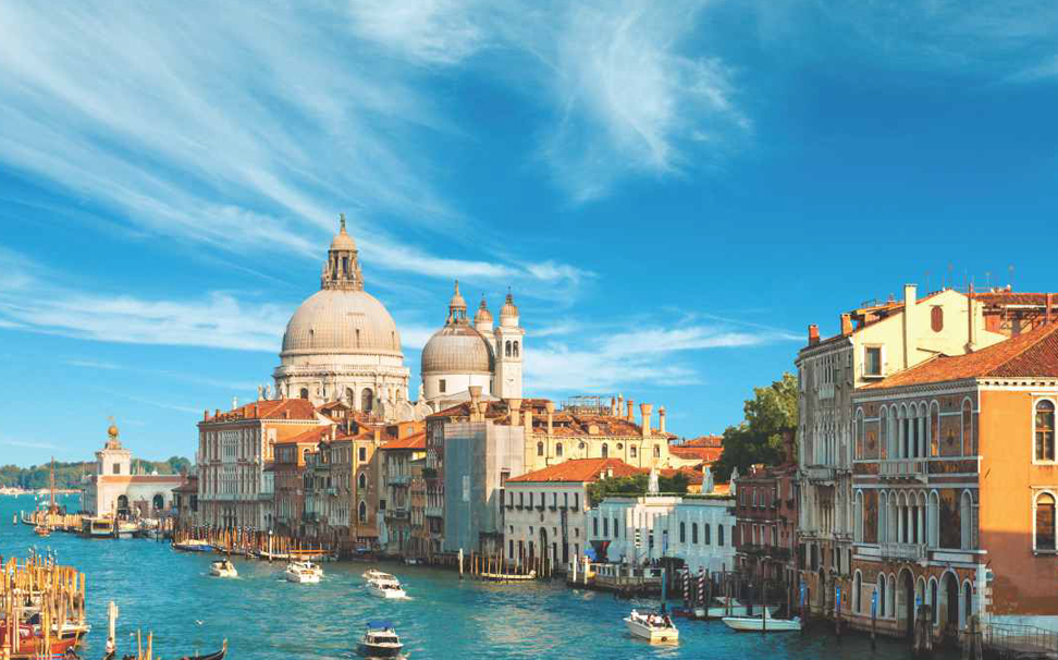 Venice with its historic attractions, Italy Wallaper for walls - Marshalls