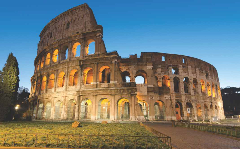 Rome's Colosseum Wallaper for walls - Marshalls